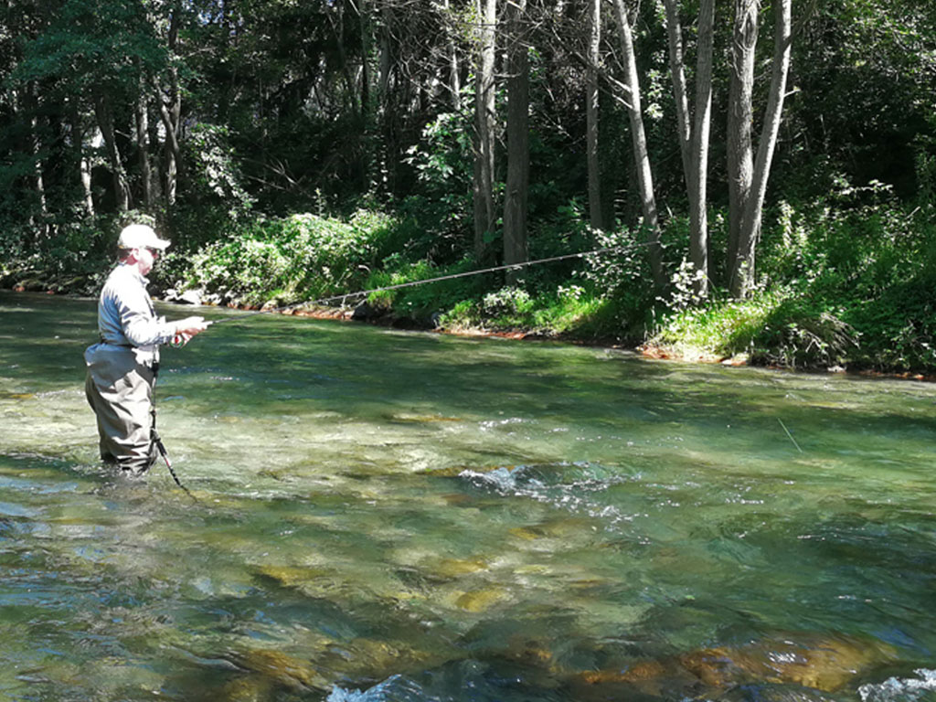 Pyrenees Fishing Guides